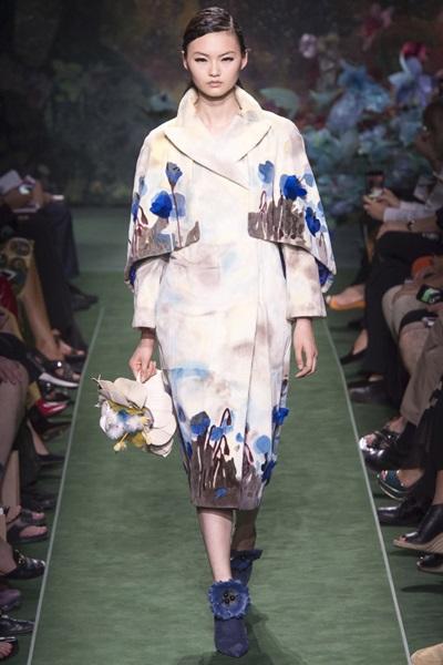 Модный показ новой коллекции Fendi: осень-зима 2017-2018