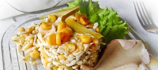 Самый вкусный салат с кальмарами – простые пошаговые рецепты с фото и видео