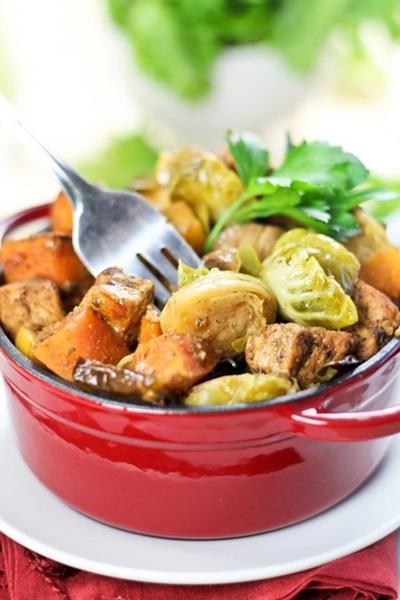 свинина с картошкой с помидорами в духовке рецепт с фото пошаговый