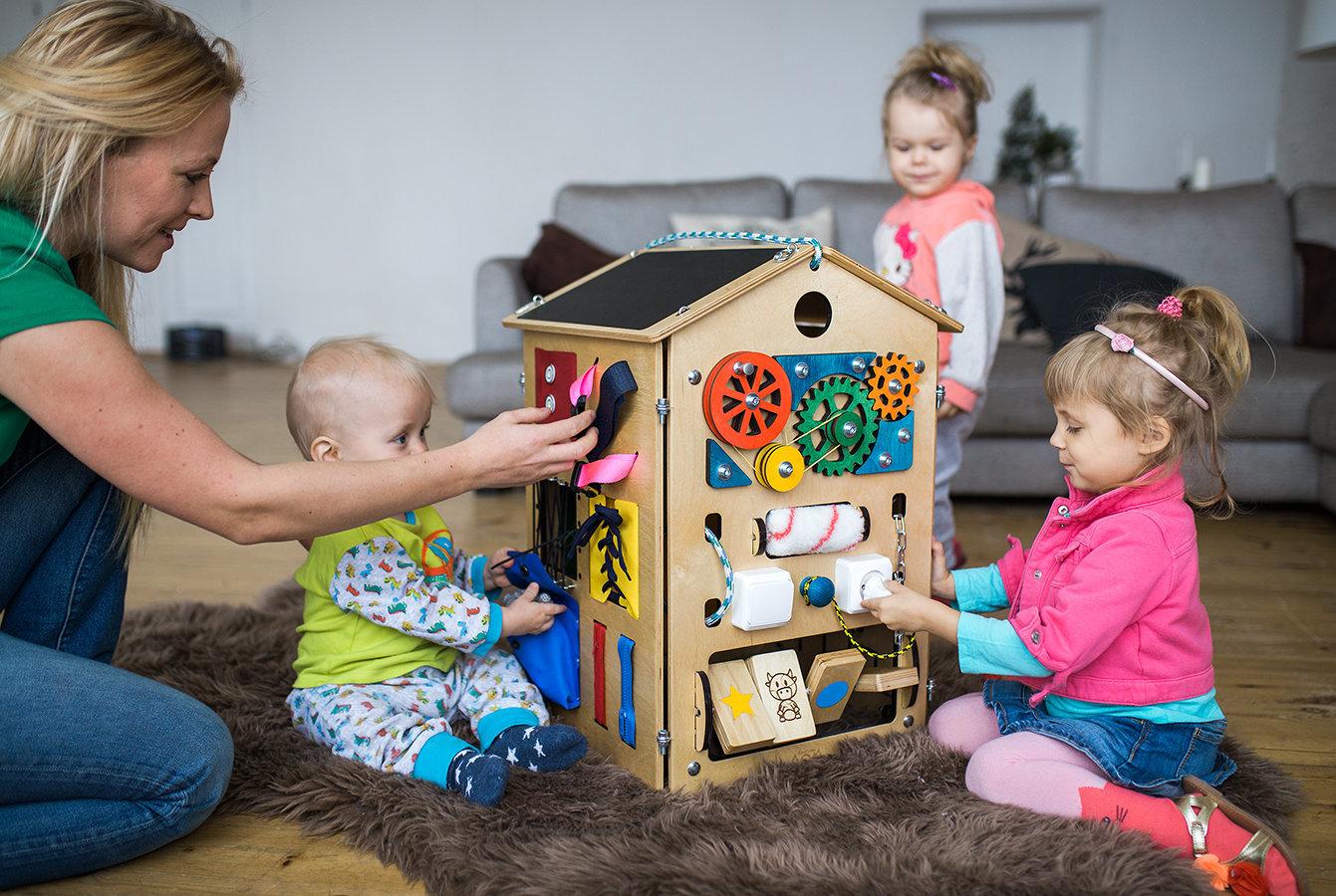 Бизиборд домик своими руками для девочки 50
