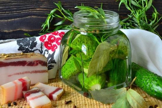 Малосольные огурцы в пакете: быстрые рецепты за 5 минут, час и 2 часа