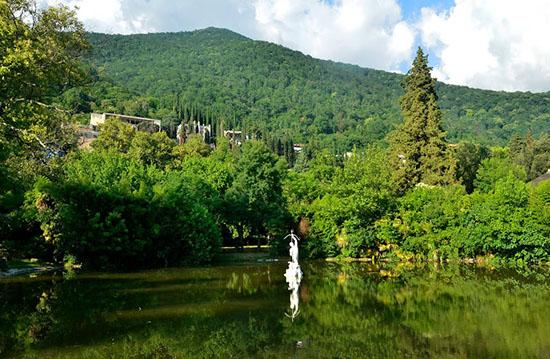 Погода в Абхазии на июнь 2018 года – самый точный прогноз от Гидрометцентра на начало и конец месяца, температура воздуха и воды в море