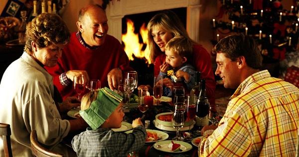 Смс с Рождеством Христовым 2019: короткие и красивые поздравления, прикольные и смешные смс на святое Рождество