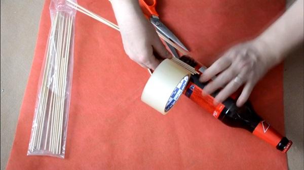 buket-iz-piva-20 Как сделать пивной букет своими руками, пошагово. Букет пивной для мужчин фото, в кружке, в коробке, на 23 февраля