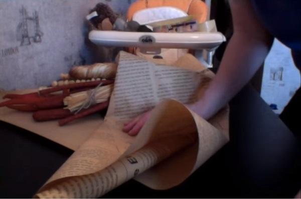 buket-iz-piva-42 Как сделать пивной букет своими руками, пошагово. Букет пивной для мужчин фото, в кружке, в коробке, на 23 февраля