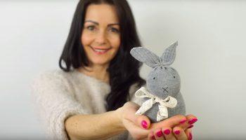 Мастер-класс: как сделать милейшего кролика из носка без шитья за 10 минут
