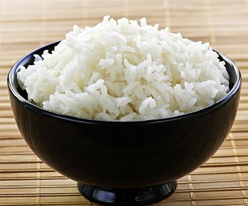 Всеми любимый рис: чем он вреден и как его сделать полезным
