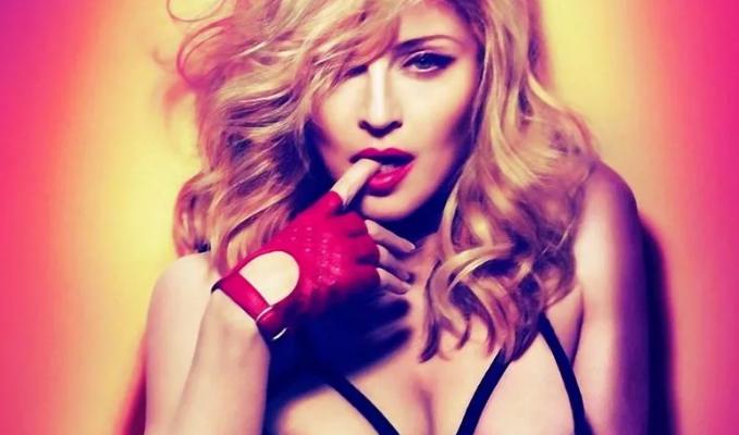 Королева поп-музыки Мадонна продолжает оставаться и королевой танцевальных клубов
