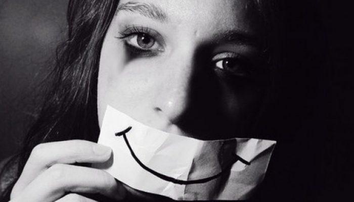 Можно ли справиться с депрессией без психолога