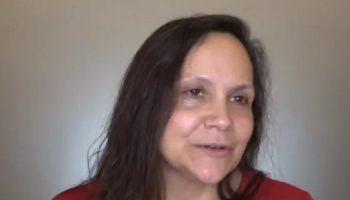 55-летней Лизе надоела своя внешность, и она изменилась до неузнаваемости
