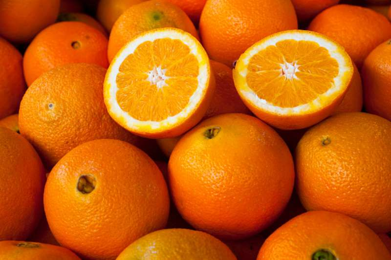 Не упустите цитрусовый сезон: апельсины не только вкусные, они полезны для здоровья и вашей красоты