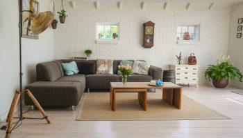 Ретро-искусство и подвесные плантаторы: тренды домашнего декора весны 2020