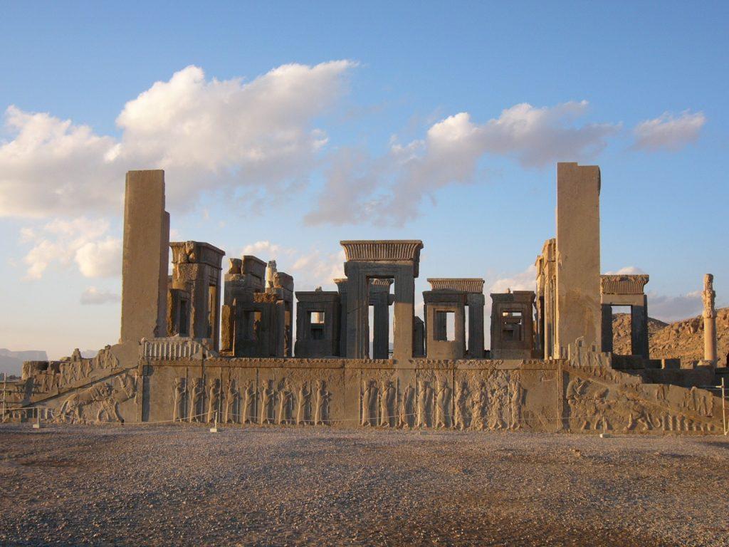 Интересные сооружения древности: дворец Персеполя