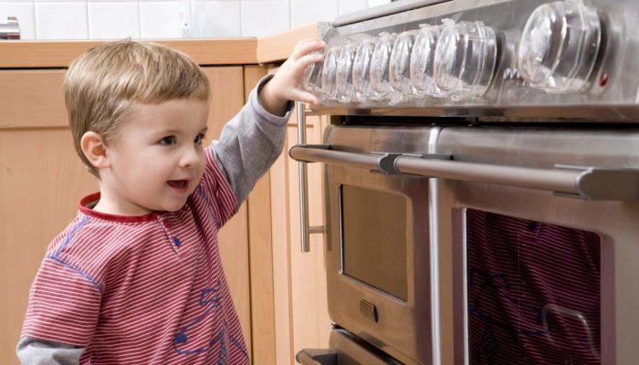 Чем занять ребенка дома: 3 идеи