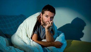 Как уменьшить тревогу и успокоиться, находясь в самоизоляции дома?