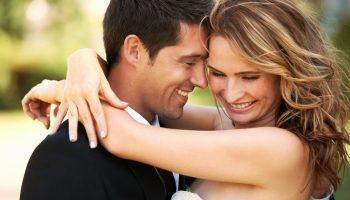 Каким женщинам везёт с мужьями? Психологи рассказали, какие качества больше всего цепляют мужчин