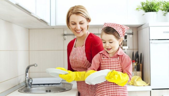 Долой химикаты: делаем органическуюжидкость для мытья посудыдома