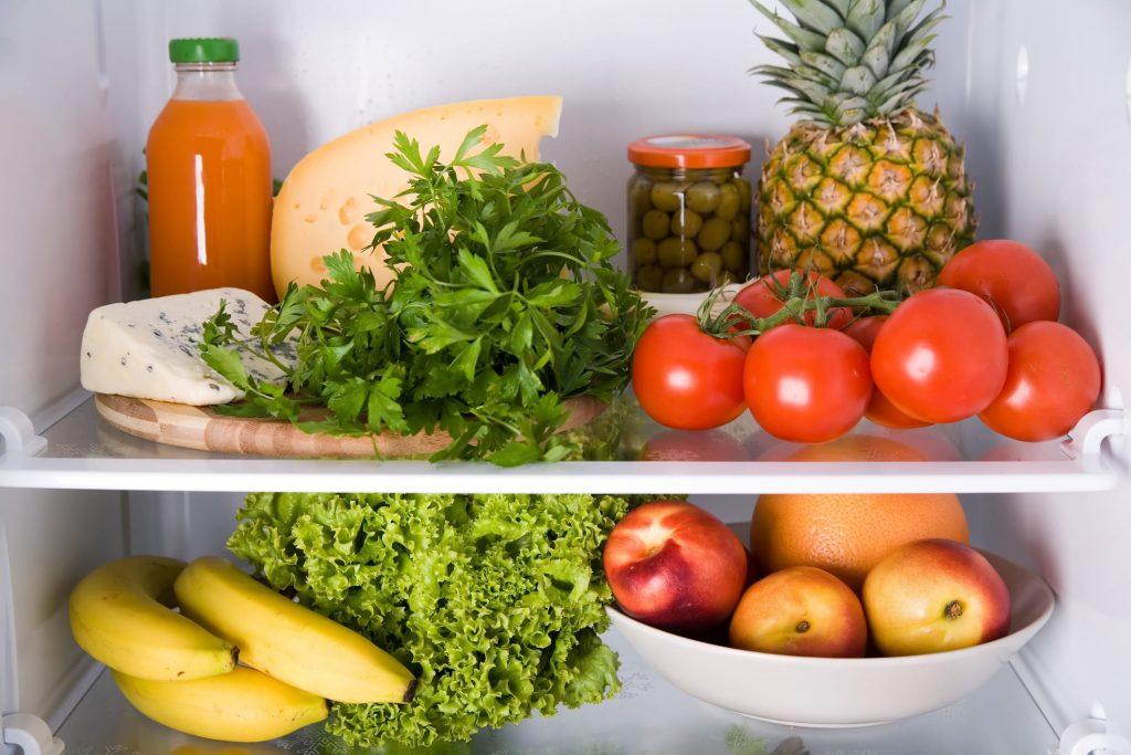 Неудачное соседство: какие продукты нельзя хранить на одной полке?