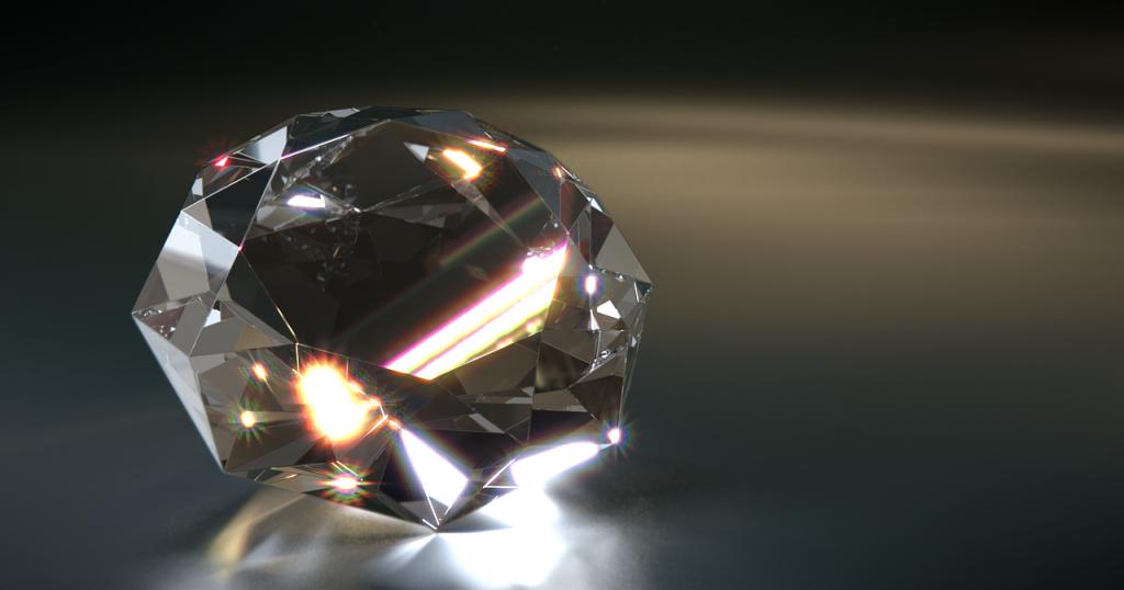 Алмазная матрешка: внутри большого бриллианта был найден еще один маленький драгоценный камень