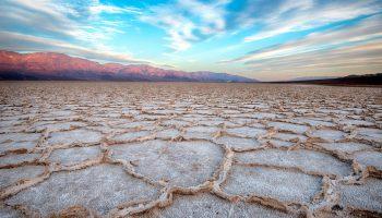 Самое жаркое место на Земле: температура в Долине Смерти достигает56,7°С