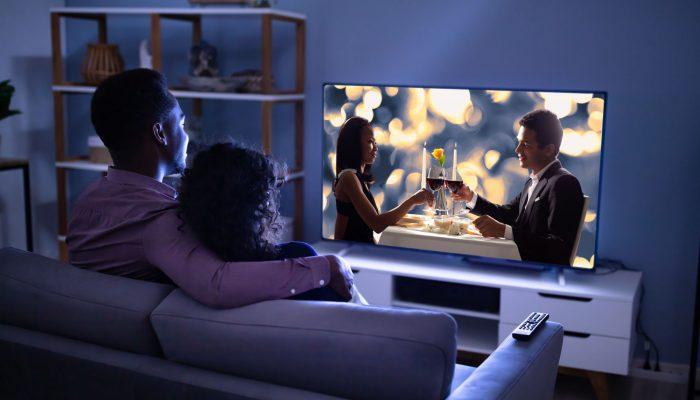 Кино на выходные: 5 отличных фильмов про любовь