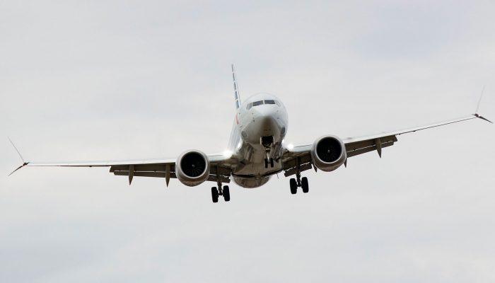 Странный случай в небе: пассажирский Boeing 787 неожиданно достиг скорости света