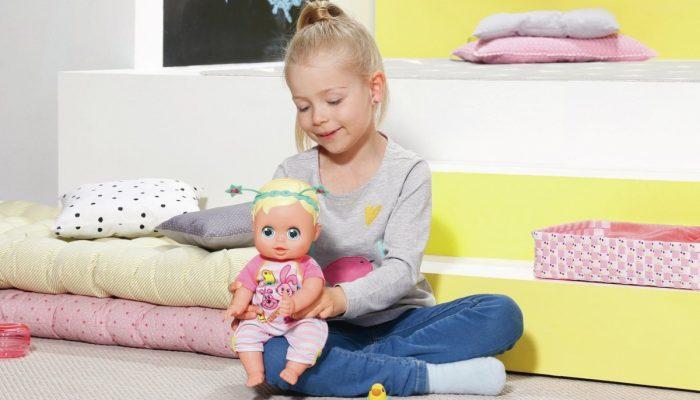 Как кукла: 5 детей, которые похожи на собственных пупсов