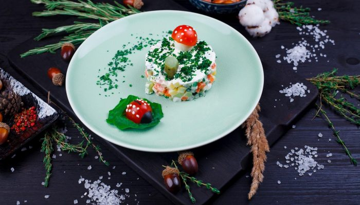 Знакомьтесь, Оливье: история знаменитого салата и его первоначальный рецепт