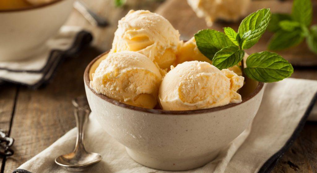 Домашнее мороженое из двух ингредиентов: нежный сливочный вкус