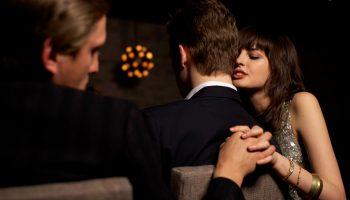 Чужая душа потемки — почему лучше не вмешиваться в чужие отношения
