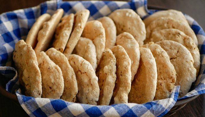 Печенье из яичных белков и орехов: необычный рецепт