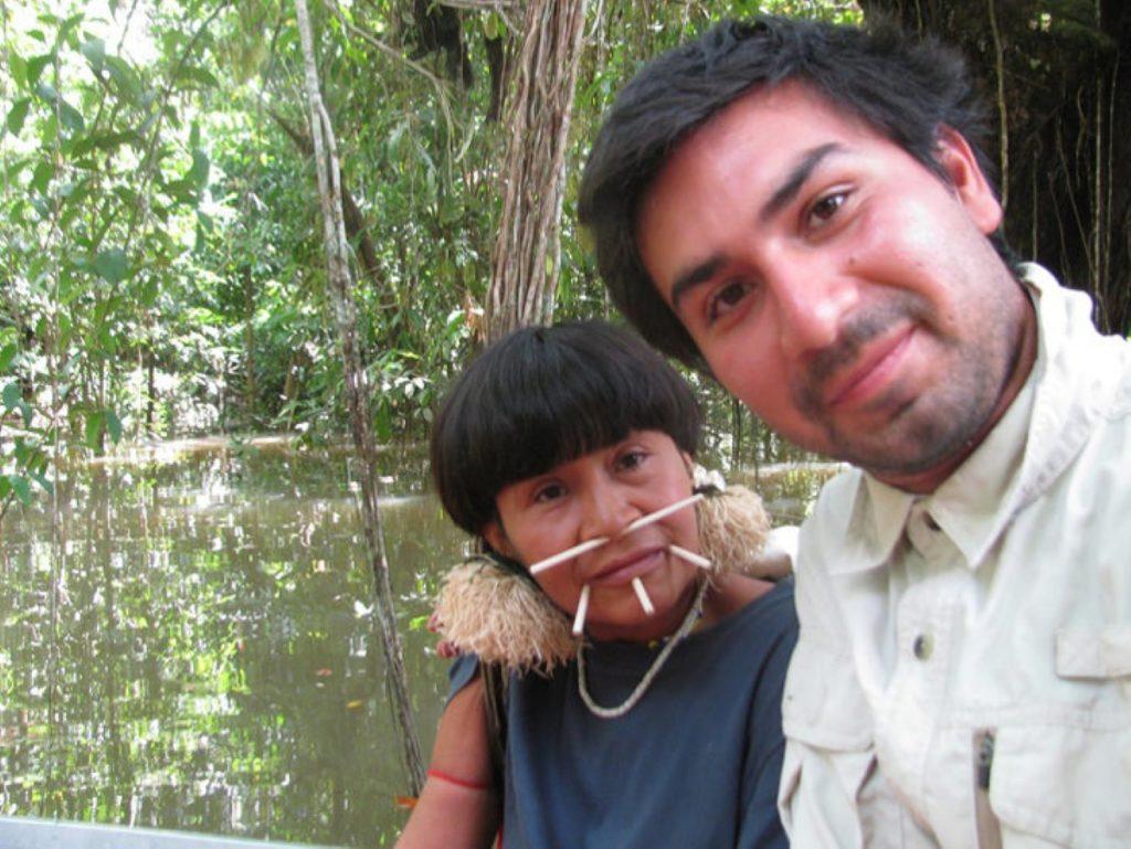 Женщина оставила мужа и троих детей ради жизни в джунглях: спустя 16 лет старший сын нашел ее