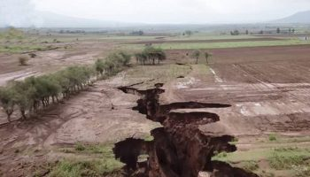 Рождается новый континент: в Африке образовалась гигантская трещина