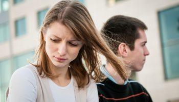 Женщина отпугивает мужчину в отношениях: чем она это может сделать