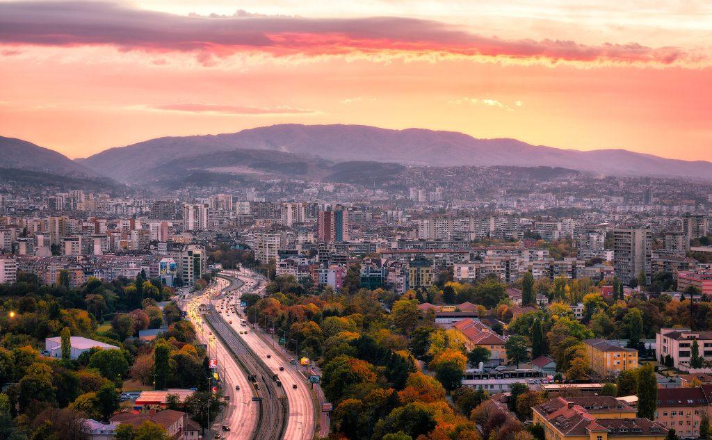 Ослабление контрмер: Болгария открывает границы для граждан Европейского союза