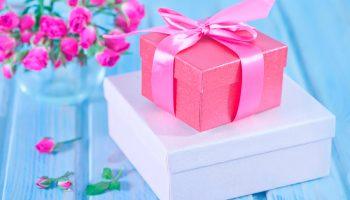 Щедрость и искренность: что сделать, чтобы мужчина дарил подарки