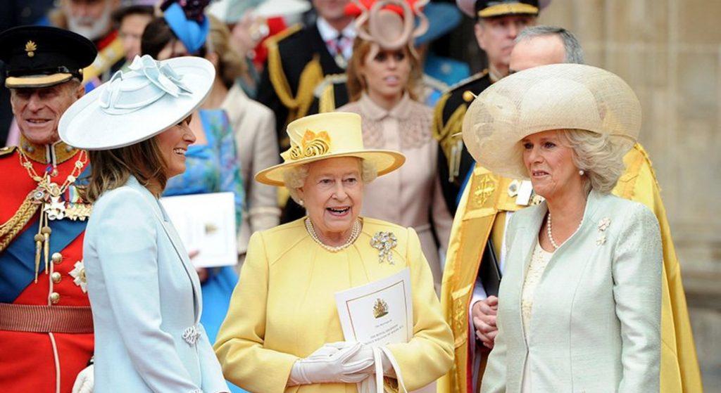 Царское дело: Королева Елизавета II от работы механиком во время Второй мировой войны до роли в фильме о Джеймсе Бонде