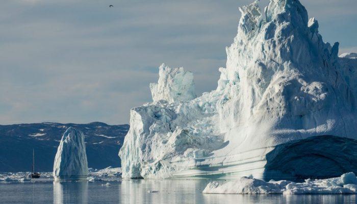 В Гренландии тают ледники: причина в распространении водорослей