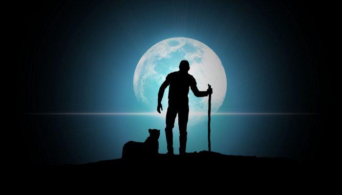 Вою на луну: как и почему полнолуние влияет на человека