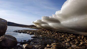 Природные капризы: ледяные волны все чаще фиксируют в разных уголках планеты