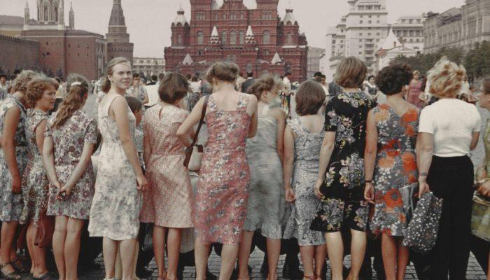Погоня за модой и красотой: 5 проверенных лайфхаков из СССР, которыми пользовались наши мамы и бабушки