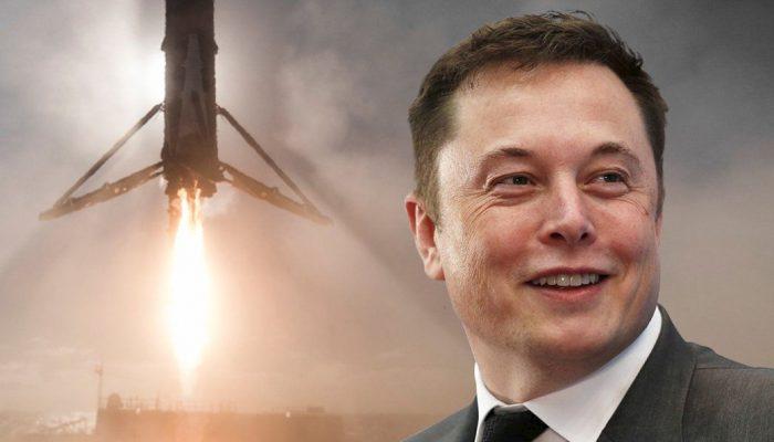 SpaceX Илона Маска впервые отправляет астронавтов на МКС: что это значит для России?