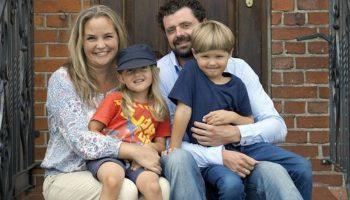 Счастье не в деньгах: шведская актриса влюбилась в бездомного и родила ему двоих детей