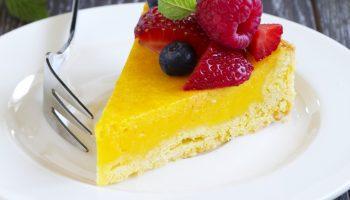 Лимонный пирог с крем чиз: для жаркого летнего дня