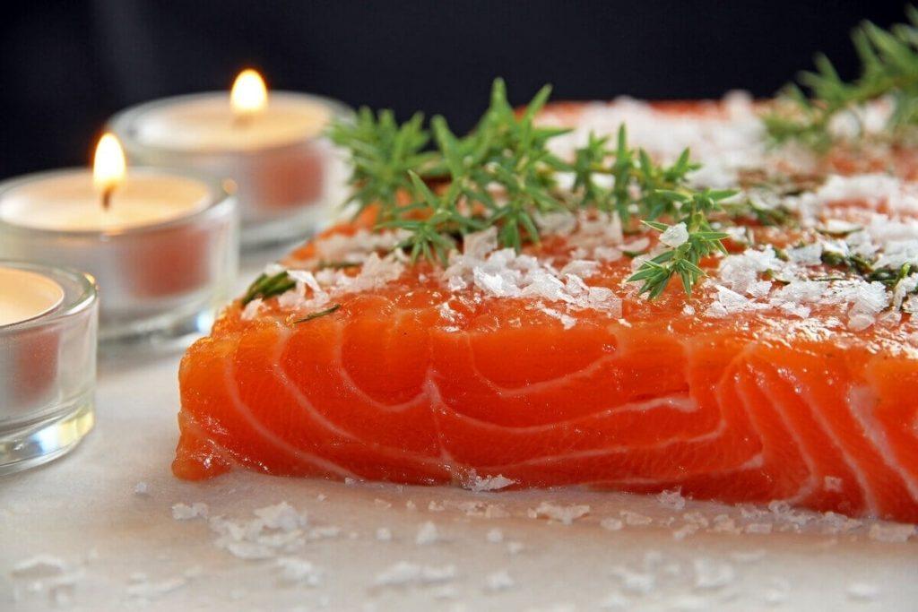 Соленая семга: домашний рецепт