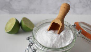 Мнение экспертов: почему пищевая сода поглощает запахи