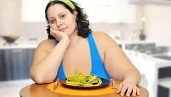 Широкая талия: какие варианты завтрака мешают сбросить лишний вес