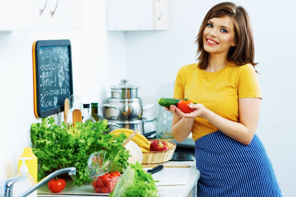 Есть и худеть: 4 правила питания, благодаря которым лишний вес не появится