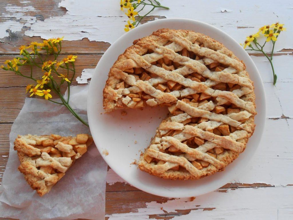 Для сладкого чаепития: рецепт лимбургского пирога со смородиной