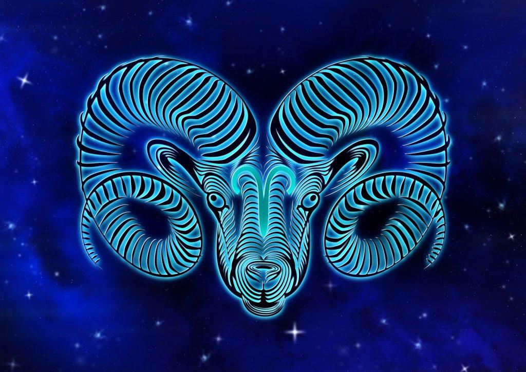 Персональный гороскоп на август 2020: что приготовили звезды Овнам